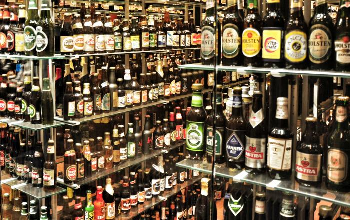 scaffali birra al supermercato