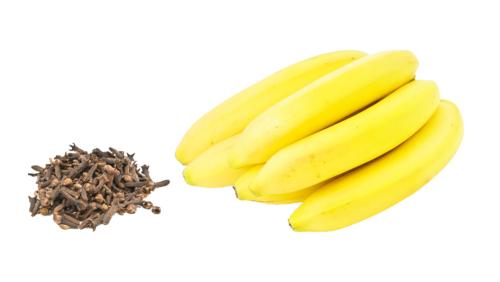 chiodi di garofano e banana