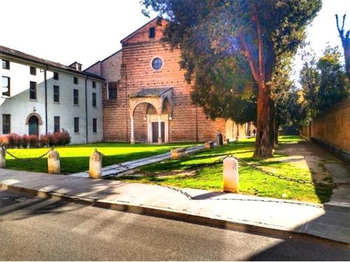 Chiostro di Santa Maria della Consolazione - Ferrara