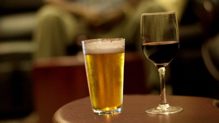 Abbinamento al cibo tra birra o vino? Semplice Combivino!
