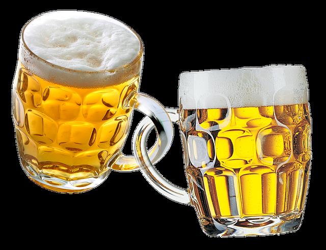 due boccali di birra incatenati