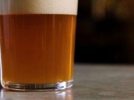 Bere birra fa bene? Ecco cosa ne pensa Teo Musso. Ma facciamo il punto!