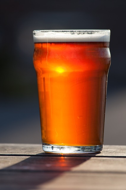 Bicchiere birra acida