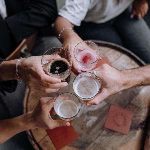 Bere birra fa bene. Un brindisi